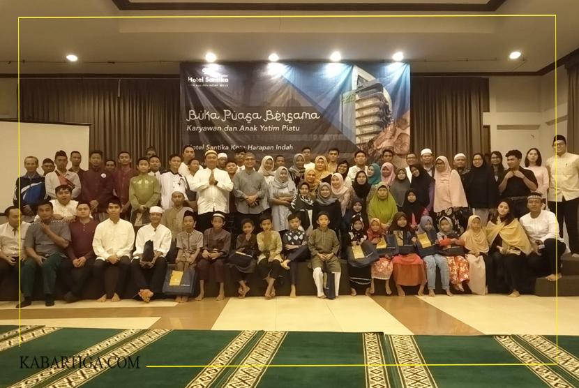 Berkah Ramadhan, Hotel Santika Premiere KHI Bekasi Santuni Anak Yatim